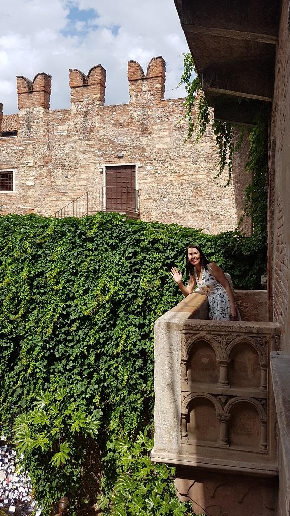12-El Balcon..leyenda o no... hace de esa ciudad la ciudad del amor.. quien no sueña con esta historia de amor