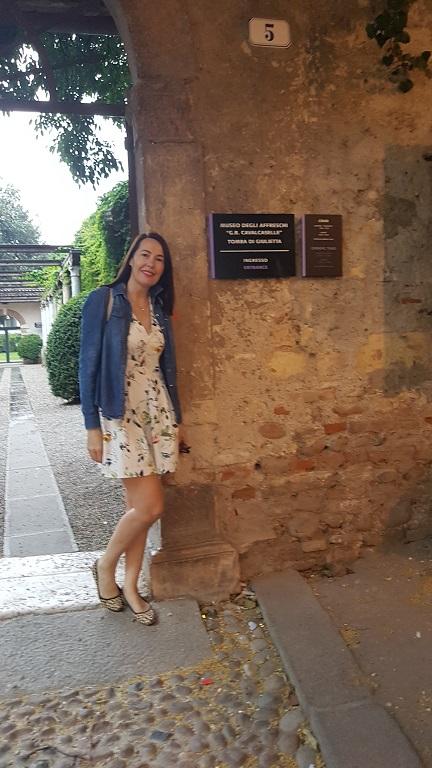 24-El lugar donde se encuentra la Tumba de Giulietta, podes ir caminando... todo es muy cerca en Verona